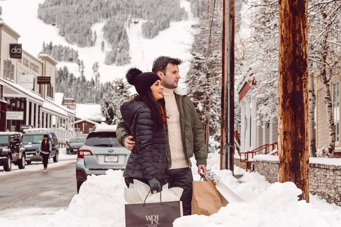 Two people shopping in Jackson Hole.